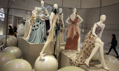 Ballgowns-British-Glamour-since-1950-VA-London