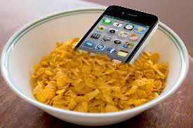 Kellogs and Apple get together to offer a freebie? I wish ;)